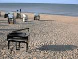 Klavier am Strand von Heringsdorf - © René Henke Ferienwohnungen